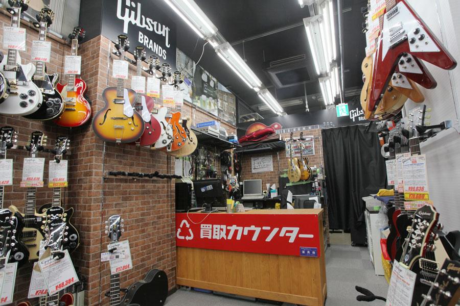 イシバシ楽器 新宿店 写真1